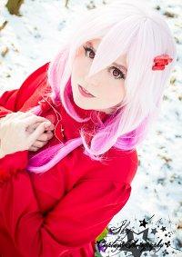 Cosplay-Cover: Inori Yuzuriha [Red Flower Dress]
