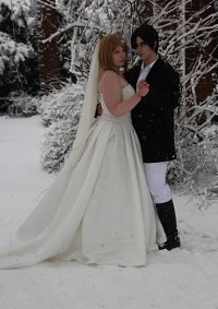 Cosplay-Cover: Petra Ral [Wedding Dress]
