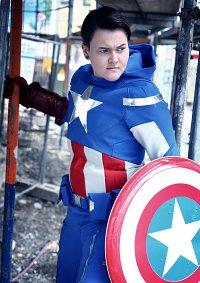 Cosplay-Cover: Steve Roggers - Captain America [Avengers Version]