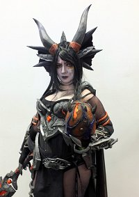 Cosplay-Cover: Lady Sinestra / Sintharia