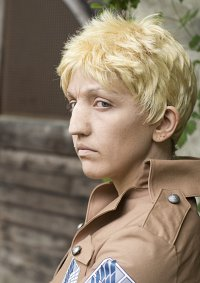Cosplay-Cover: Reiner Braun ☆ Survey Corps