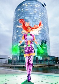 Cosplay-Cover: Starfire (Young Justice)