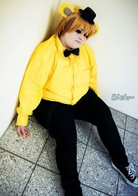 Cosplay-Cover: Golden Freddy (Human)