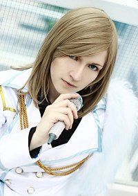 Cosplay-Cover: Camus [stage]