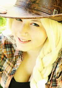 Cosplay-Cover: Applejack [Human]