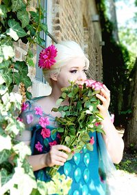 Cosplay-Cover: Elsa Frozen Fever