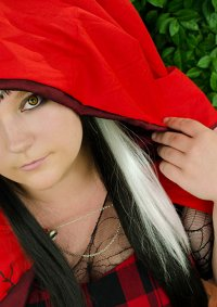Cosplay-Cover: Cerise Hood [Ever After High]