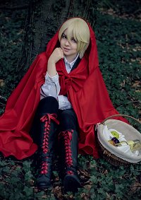 Cosplay-Cover: Alois Trancy [Red Riding Hood]