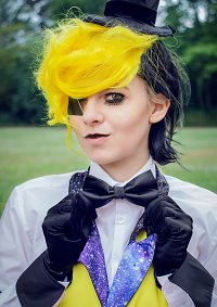 Cosplay-Cover: Bill Cipher [human]