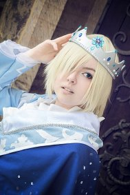 Cosplay-Cover: Yuri Plisetsky [Yume100 Collab]