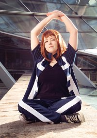 Cosplay-Cover: Ochako Uraraka [Training]