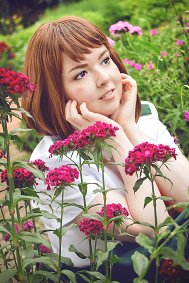 Cosplay-Cover: Ochako Uraraka [Summer Uniform]