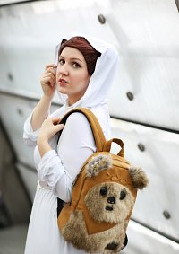 Cosplay-Cover: Leia Organa [Episode IV]