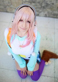 Cosplay-Cover: Sonico ~ Tiger Hoodie