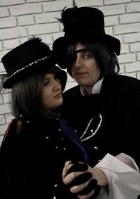 Cosplay-Cover: Ciel Phantomhive (cover 6)