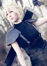 Cosplay-Cover: Cloud Strife [Crisis Core Ending Version]