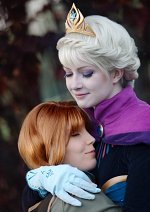 Cosplay-Cover: Elsa of Arendell [Coronation]