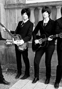 Cosplay-Cover: Ringo Starr (suit) [The Beatles]