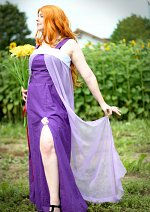 Cosplay-Cover: Matsumoto Rangiku - purple dress