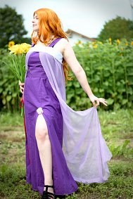 Cosplay-Cover: Matsumoto Rangiku - purple dress