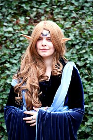 Cosplay-Cover: Asereth Dwen' Ethuîn - Ceremonial Dress
