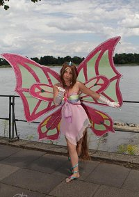 Cosplay-Cover: Flora Enchantix