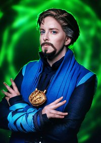 Cosplay-Cover: Dr. Stephen Strange