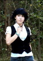 Cosplay-Cover: Alice Cullen - Cafeteria Outfit