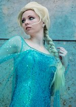 Cosplay-Cover: Elsa (New Version 2015)