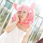 Cosplay: Chibiusa (white rose dress)