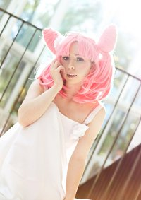 Cosplay-Cover: Chibiusa (white rose dress)