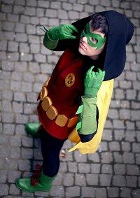 Cosplay-Cover: Robin V (Damian Wayne)