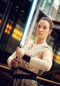Cosplay-Cover: Rey [Jakku]