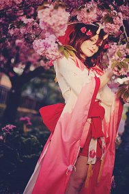 Cosplay-Cover: Momo