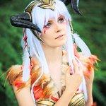 Cosplay: Aquilamon - Gijinka