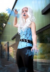 Cosplay-Cover: Killer Frost/ Caitlin Snow [Earth 2]