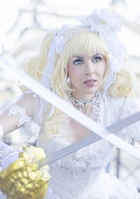 Cosplay-Cover: Elizabeth Midford -Battle Bride-