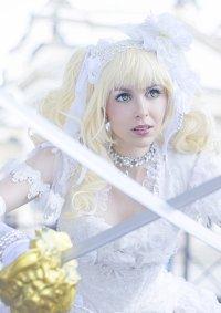 Cosplay-Cover: Elizabeth Midford -Battle Bride-
