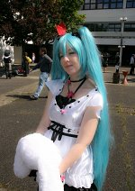 Cosplay-Cover: Miku Hatsune (World is Mine - Deluxe)