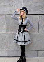 Cosplay-Cover: Military Lolita