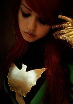 Cosplay-Cover: Phoenix [Green Suit]