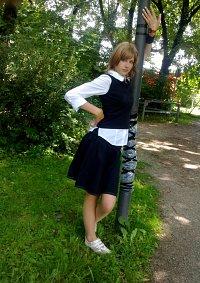 Cosplay-Cover: Lisa Miller (Schuluniform)