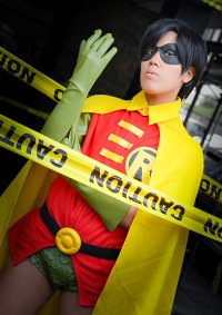Cosplay-Cover: Dick Grayson [Robin I]