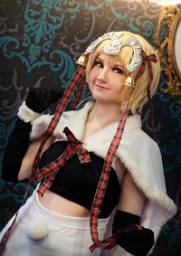 Cosplay-Cover: Jeanne (Christmas)