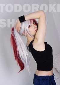 Cosplay-Cover: Todoroki Shoto [genderbend]