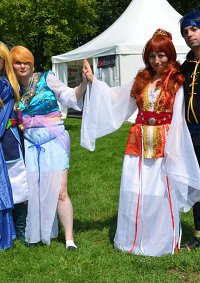 Cosplay-Cover: Suzaku no Miko