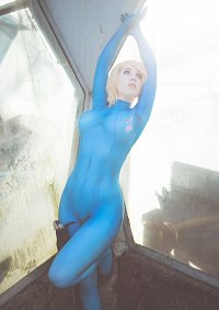 Cosplay-Cover: Samus Aran [Zero Suit]