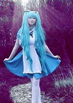 Cosplay-Cover: Miku Hatsune [Alice in Musicland]