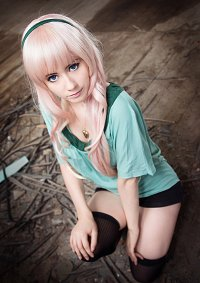 Cosplay-Cover: Sheryl Nome [Stardate]