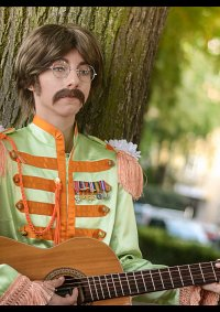 Cosplay-Cover: John Lennon [Sgt. Pepper's Lonely Hearts Club Band
